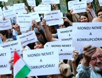 Jávor Benedek bevinné Horváth Andrást az EP-be