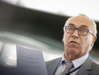 Polish MEP Under Pressure on Crucial EU Energy Saving Law